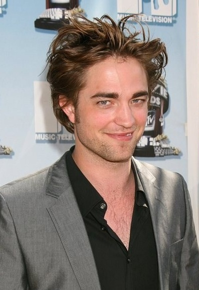 Zona: Father for Mother Robert-pattison